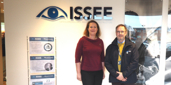 Victoria Prentis MP meets Gordon Storey CEO at ISSEE in Bloxham